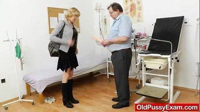 Blond-haired gramma fuck hole exam - 6 min