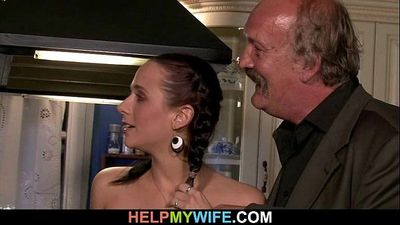 Old hubby needs help to bang his young wife - 6 min