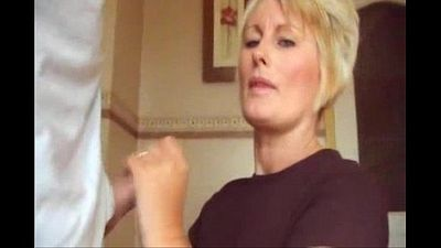 Blowjob blonde mom cummed shirt and fingers - 1 min 17 sec
