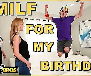BANGBROSJuan El Caballo Loco Gets Hot MILF Reagan Foxx For His Birthday 10 min HD+