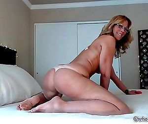 Hot Milf JessRyan Camgirl Big Ass Shaking Mom 12 min 1080p