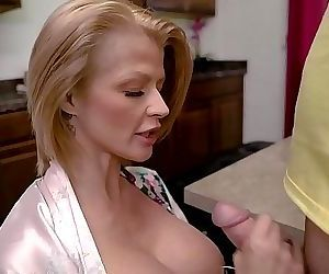 Joslyn James in Moms Protein Diet 9 min HD+
