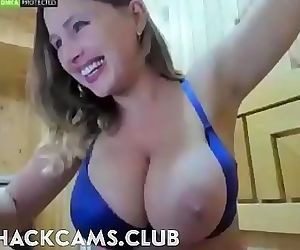 Busty Mom One Big Tit Out 2 min 720p