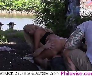 I fucked this big tit mif in public whatcha gonna do about it 5 min 1080p