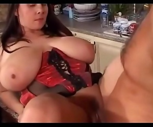 Huge Boobs Woman Loves Sex sexygirlsoncameras.com 19 min