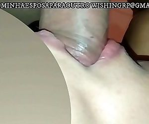 cuckold husband , asks his slut wife to do a cleaning in the thick cock of his boss after your cum, look what she..