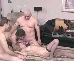 Amateur Bi party4 men & 1 lucky woman