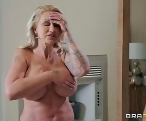 Sneaky Mom 3Ryan ConnerFULL SCENE on http://bit.ly/BraSex 5 min HD