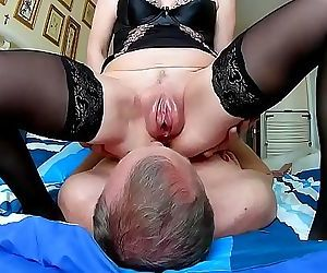 Husband cleans after sex vaginal pumped pussy 3 min 720p